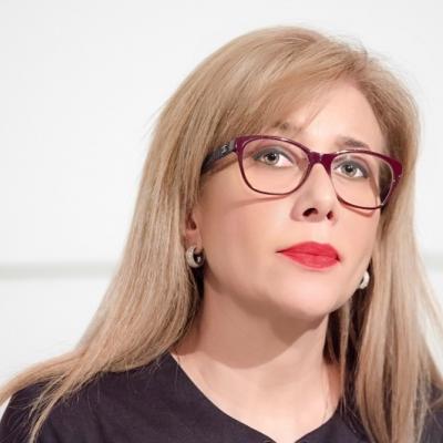Prof. PhD. Adriana Lopes Barros - Colégio Israelita Brasileiro - Brasil / Porto Alegre/ RS