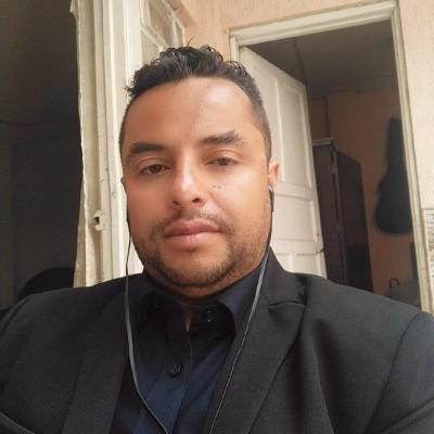 Sergio Gutierrez  Docente de cienicas