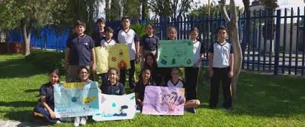 Embedded thumbnail for Kids from México. Colegio Valle de Filadelfia